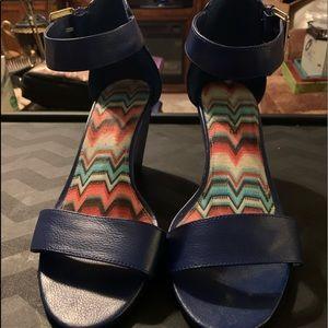 American Eagle Wedge Heeled Sandals